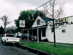 doe's eat place greenville mississippi